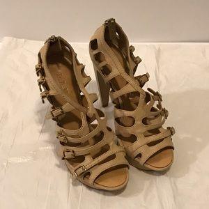L.A.M.B platform strap sandal heels nude 7.5M